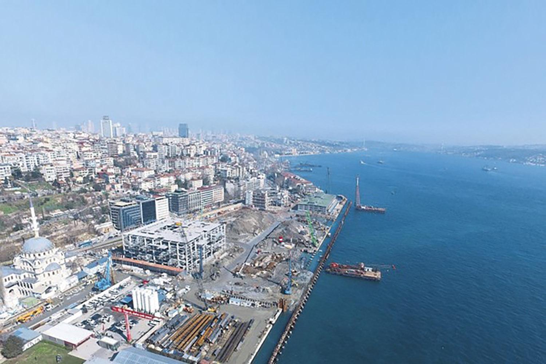 Galata_Port.jpg